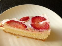 Clean Eating Strawberry Cheesecake