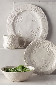 gorgeous ivory stoneware #anthroregistry  http://rstyle.me/n/q5xgspdpe