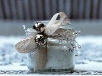 Great gift idea for any season. #DIY vanilla sugar!