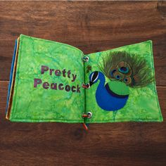 FUN WITH FEATHERS DIY: A QUIET BOOK OF BIRDS #thefeatherplace #feathers #prettypeacock