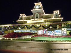 10 Magical Reasons for an On-Property Disney World Vacation (article)