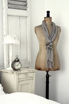 white living, day outfits, guest bedrooms, shabby chic, country decor