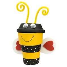This Busy Bee Pot Craft will brighten your deck or room and is fun to make. More spring crafts at www.makingfriends.com