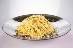Mario Batali's Spaghetti Aglio e Olio