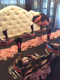 Parsimonious Décor Darling: Set Your Table With Flair--A Very Victoria Valentine's
