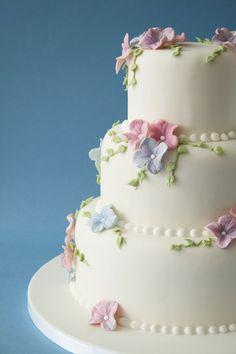 3 tier Hydrangea cake