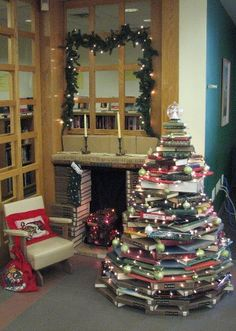 xmas trees, balls, fireplac, librarian, book tree