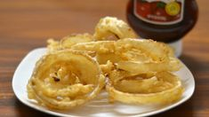 Love onion rings but can't figure out how to get them in your gluten-free diet? Here's a recipe for crunchy, crispy onion rings made with rice flour--a naturally, gluten-free flour!