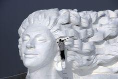 10 sculptures sur glace époustouflantes!