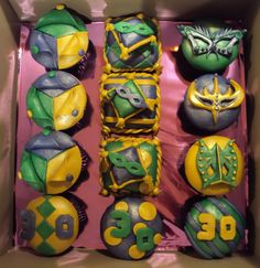 Masquerade cupcake set
