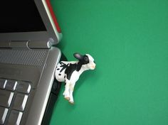 Cow / Calf USB Flash Drive
