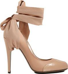 lanvin pari, lanvin shoe, anklestrap pump