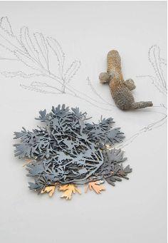 Marian Hosking, Banksia brooch