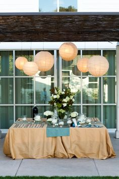 love the look of lanterns!