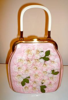 1950's Vintage Pink Cherry Bossom Handbag