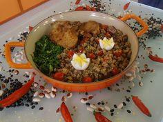 Hora de matar a fome! Aprenda receita de feijão tropeiro com Edu Guedes http://r7.com/RlOu