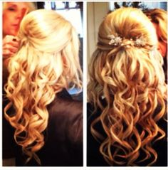Curly hair with an accessory for your hair is perfect for #prom