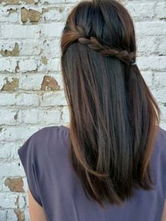 Beautifully Simple Spring Hairstyle!
