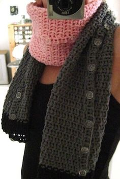 Crochet scarf-buttons-sleeves - tutorial.