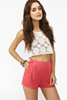 Cute style, perfect outfit.