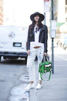 Green envy: Natalie Suarez turning heads with our green M.A.B Mini Convertible Satchel mab mini, mini convert, green envy, fashion trend, street style, street wear, europ essenti