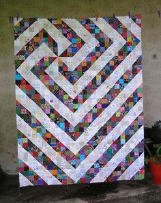 2013 Split 9 Patch Leader Ender challenge by Stanislava! I love how she chose this layout! Free block pattern under the free patterns tab at the top of the blog