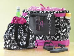 "Here is are some cute ways to make the ""On the Go"" much more enjoyable.  Check out our NEW Easy Breezy Tote paired up with the NEW pocket a tote to help contain all those small items.   Also showing one of my all time favorite bags, the Cinch it Up Thermal ... Great ideas for the girl on the go !"