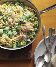 Fettuccine With Lima Beans, Peas, and Leeks recipe