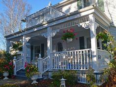 A Victorian Porch / Verandah Restoration in Toronto