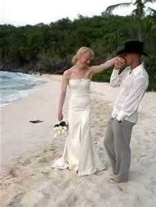 Renee Zellweger wedding dress; More Celebrities Wedding Dresses | Casual Wedding Dresses ...
