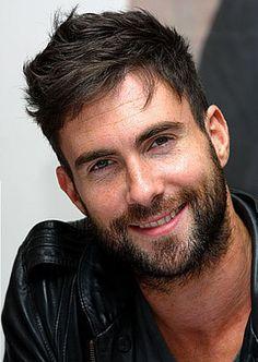 Adam Levine -sexy beard!