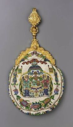 French chatelaine bag 1870-85  (glass,gold,beadwork)