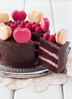 Beautiful #Chocolate #Valentines #Cake