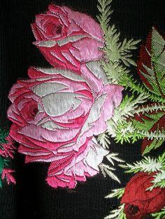 Amazing rose ribbons
