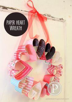 Paper Heart Wreath : Love
