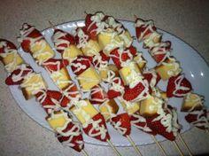 Strawberry Pound Cake Dessert Kabobs