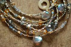 ❥ tiny beads.