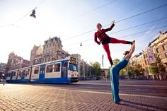 Acrobatic play in Amsterdam with marius Weerts and Esther Hertog.     Enjoy these gorgeous pictures of AcroYogis from around the world by photographer Kadri Kurgun.