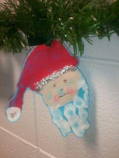 Christmas class ornament.  Handprint Santa Claus #christmas crafts