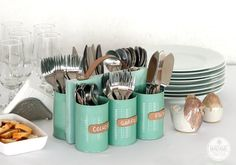 DIY Cans and Wood Cutlery Holder, so cool!  What a cute & refreshing idea for the holidays :-)  #DIY #cutlery #holidays