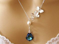 Romantic Blue Crystal Bridesmaids Necklace Orchid Pearl Swarovski Crystal Peacock Blue Bridal Necklace Maid of Honor Peacock Wedding Jewelry...