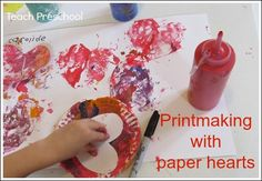 Awesome V-day preschooler activity from Teach Preschool: Printmaking with paper hearts