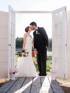 love this idea of door frames for outdoor portraits, photo by Rachel Havel http://ruffledblog.com/woodland-park-wedding #weddingideas