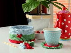 Coasters with Basket #crochet