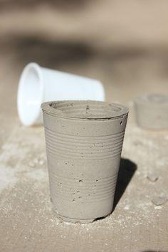 Regards et Maisons- My home my DIY - Concrete glass