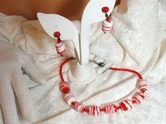 Red & White Art Glass Set  Vintage Sweet Treat by bodaciousjewels, $52.00  #vjse2 #vintage #brides #jewelry #boebot