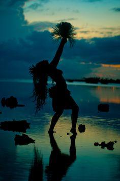 tahitian dance <3