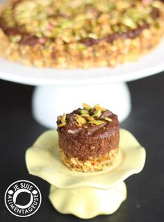 Vegan Pistachio Chocolate Cheesecake with Cashew Date Crust on MyRecipeMagic.com
