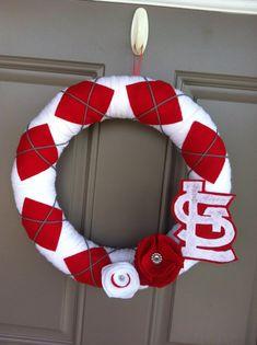 St Louis Cardinal Wreath