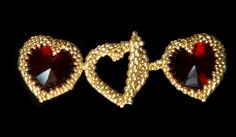 Tutorial for Necklace My Hearts Desire by JuJuJewelleryUK on Etsy Approx. 4 gr Toho seed beads size 15/0 (Galv. gold permanent finish 557PF) -Approx. 7.5 gr Toho Aiko Galvanized Gold Permanent Finish (557PF) - 18 Swarovski Pendants (6228) Light Siam 17.5 x 18mm (with some companies 18x18mm)